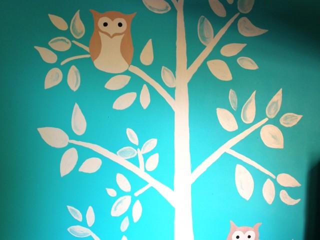 Peinture murale Arbre à Zhiboux dans la chambre de mon Loulou