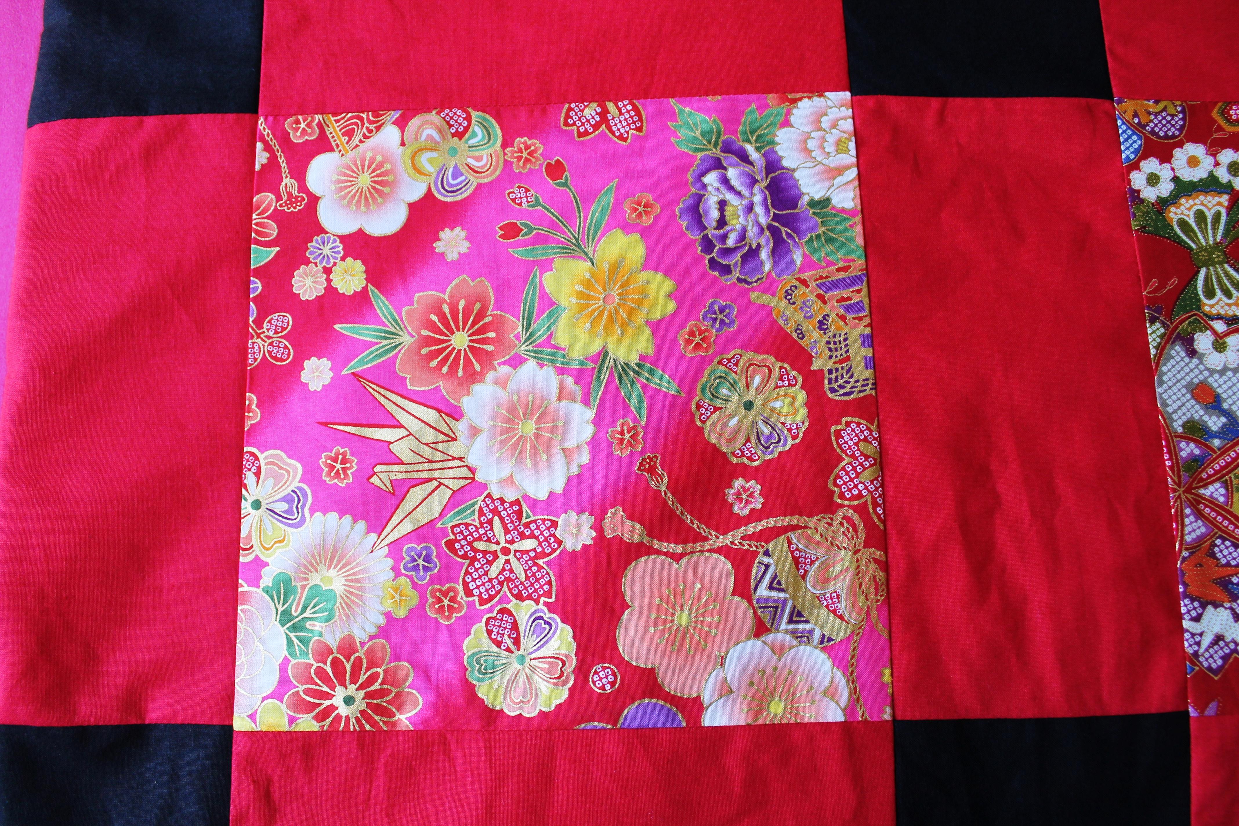 Un patchwork japonais pour christelle blog julie for Recouvrir canape tissu